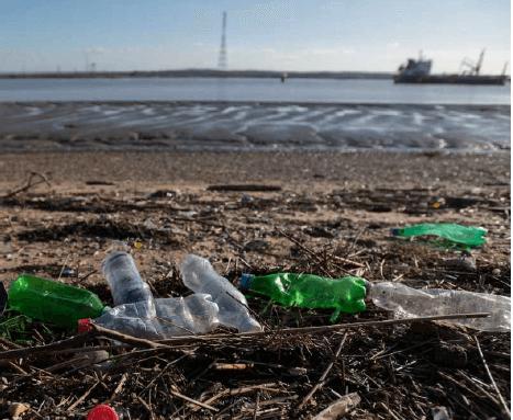 Photo of الشركات المتسببة في أكبر نسبة من التلوث البلاستيكي في العالم